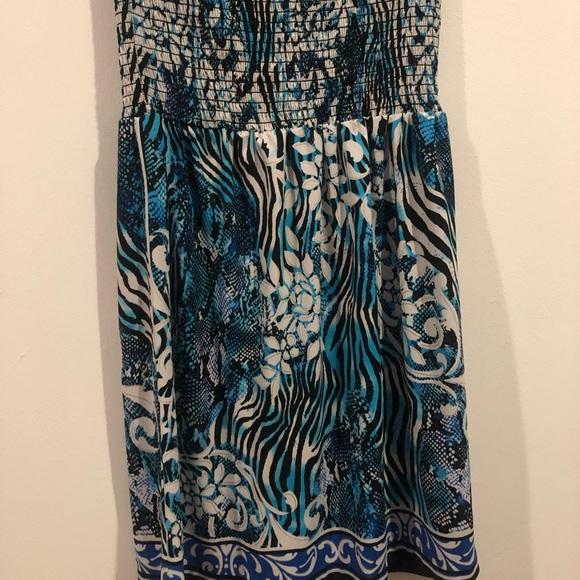 Cache Dresses & Skirts - Cache Small Blue, White, Silver & Black Strapless